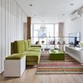 <p> Với diện tích 32 m2 mỗi sàn, cách bố trí và thiết kế nội thất cần tối ưu hóa không gian để đáp ứng đầy đủ công năng, đem lại cảm giác ấm cúng dù có lộn xộn.</p>