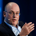 """<p class=""""Normal""""> <strong>7. Steve Cohen</strong>, chủ đội bóng chày New York Mets. Cohen là một tỷ phú, nhà quản lý quỹ đầu cơ và nhà từ thiện nổi tiếng người Mỹ. (Ảnh: <em>Reuters</em>)</p> <p class=""""Normal""""> Tài sản: 16 tỷ USD, tăng 15% so với năm 2020</p> <p class=""""Normal""""> Nguồn tài sản: Quỹ đầu cơ</p>"""