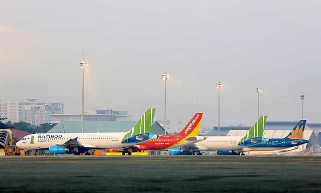 Bộ GTVT kiến nghị Chính phủ cho các hãng hàng không vay ưu đãi do ảnh hưởng của dịch COVID-19, sau khi Vietnam Airlines đã được vay gói 4.000 tỷ đồng.