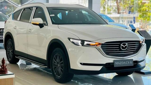Mazda CX-8 bản tiêu chuẩn giảm giá tới 120 triệu đồng