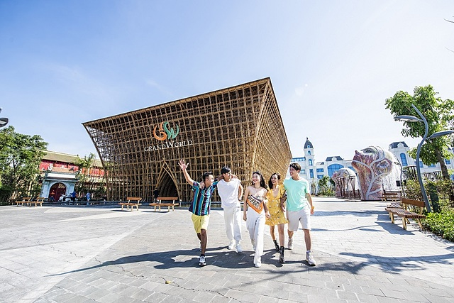Thiết kế của Kiến trúc sư Võ Trọng Nghĩa - Huyền thoại tre mang dấu ấn kỷ lục công trình tre lớn nhất Việt Nam.