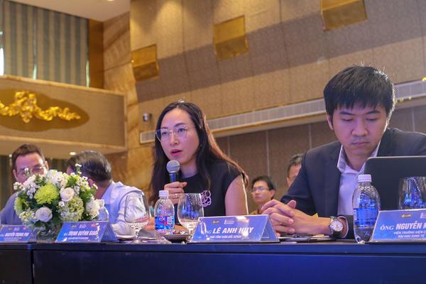 Bộ đôi Trịnh Quỳnh Giao - Lý Xuân Hải và hiện tượng mang tên Red River Holding ở Coteccons?