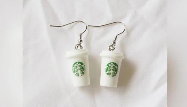 Nghệ thuật thao túng tâm lý người tiêu dùng lý giải vì sao 1 chiếc ly Starbucks có thể được bán với giá 20 triệu đồng - Ảnh 3.
