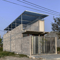 <p> Ngôi nhà một tầng dành cho gia đình được xây dựng tại một khu vực mới phát triển gần đây ở rìa phía Nam của Đà Nẵng.</p>