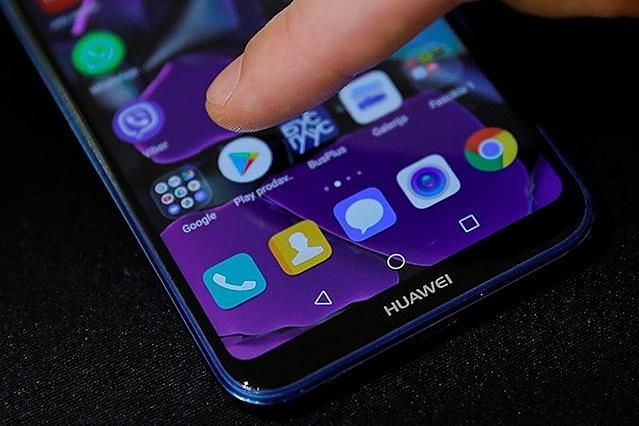 Huawei không còn ở trong Top 5 thương hiệu smartphone hàng đầu trong quý 1/2021 Ảnh: REUTERS