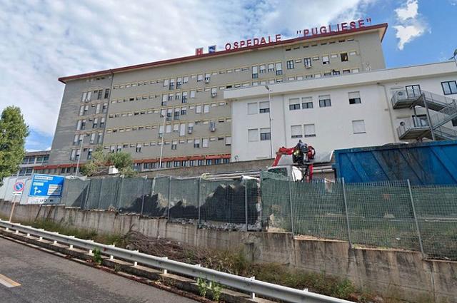 """Bệnh viện Pugliese, nơi """"Vua trốn việc"""" đã không đi làm trong vòng 15 năm nhưng vẫn được nhận lương thàng tháng. Ảnh: Google maps."""