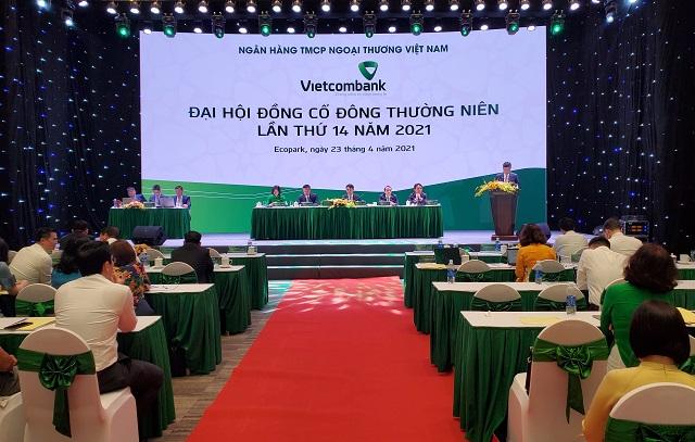 Phiên họp thường niên của Vietcombank sáng 23/4. Ảnh: L.H