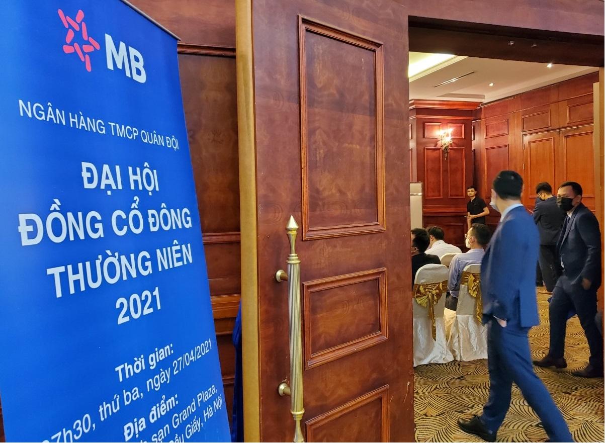 Họp ĐHCĐ MB: Dự kiến quý III bán vốn cho Viettel, tăng vốn để thêm không gian phát triển