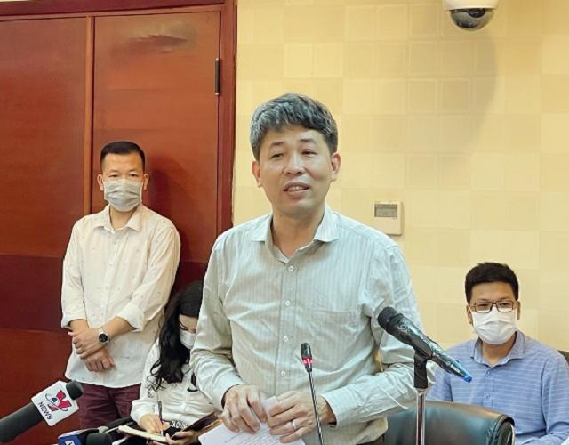 Ông Mai Văn Phấn, Phó Tổng Cục trưởng Tổng cục Quản lý Đất đai phát biểu tại cuộc họp báo