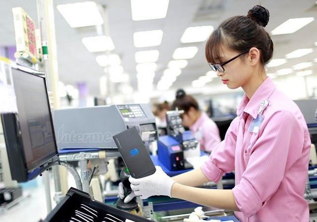 Việt Nam xuất khẩu 18,4 tỷ USD điện thoại và linh kiện trong 4 tháng. Ảnh: ICTNews.