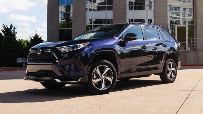 Toyota dừng sản xuất nhiều mẫu xe ăn khách vì Covid-19