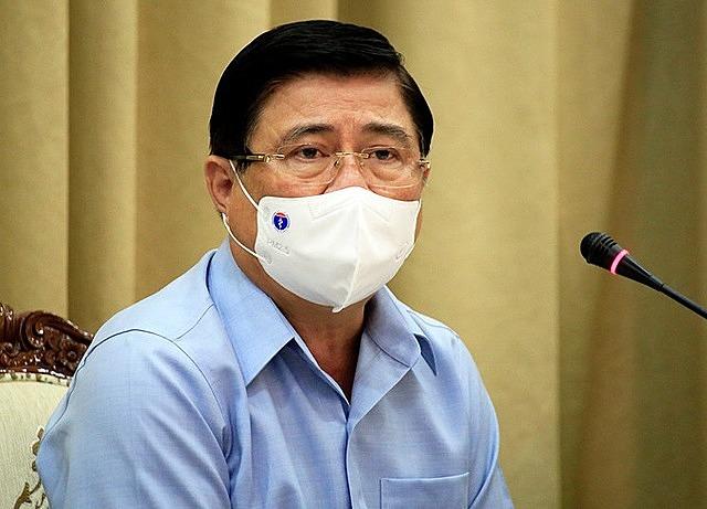 Chủ tịch UBND TP HCM Nguyễn Thành Phong phát biểu tại cuộc họp. Ảnh: Hữu Công.