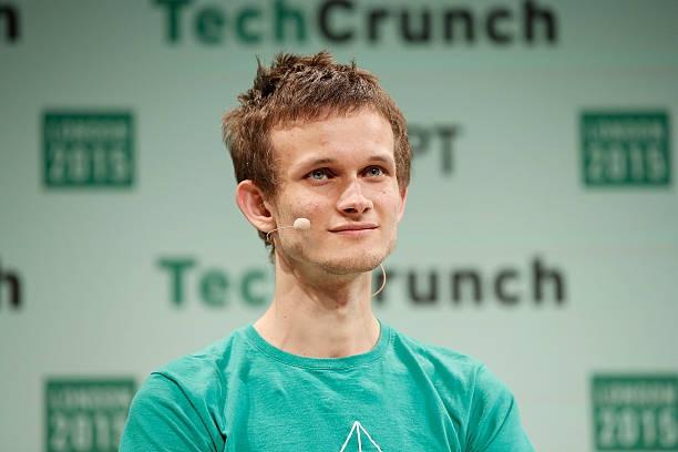 Cha đẻ Ether trở thành tỷ phú tiền mã hóa trẻ nhất thế giới