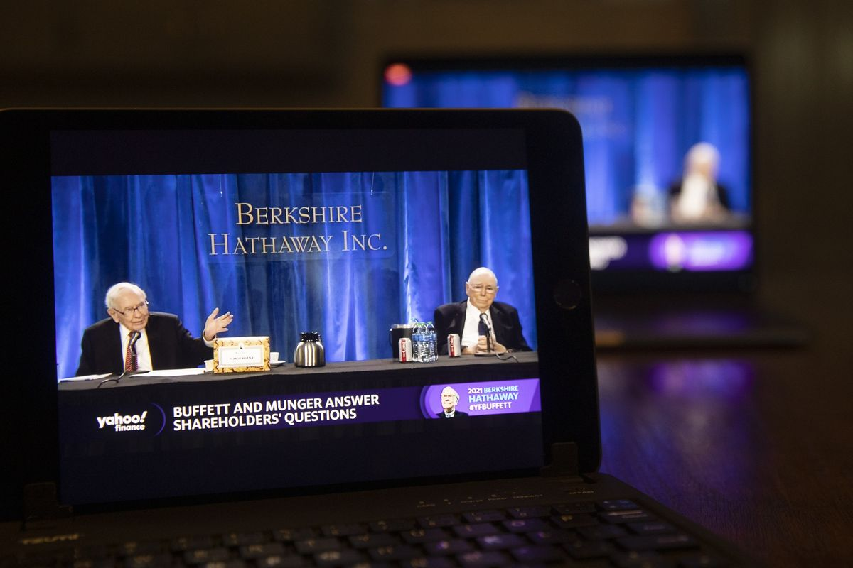 Loạt bài học rút ra từ Warren Buffett và đại hội đồng cổ đông 2021 của Berkshire Hathaway