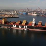 Mỹ lại thâm hụt thương mại kỷ lục