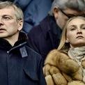 """<p class=""""Normal""""> <strong>8. Dmitry Rybolovlev và Elena Rybolovlev: 604 triệu USD</strong></p> <p class=""""Normal""""> Elena Rybolovleva đệ đơn ly hôn với doanh nhân người Nga Dmitry Rybolovlev với lý do chồng không chung thủy năm 2014. Tòa án ban đầu quyết định chia cho Elena khoản tiền khổng lồ đến 4,5 tỷ USD. Nhưng sau khi doanh nhân Dmitry kháng cáo, cô chấp nhận ra đi với 604 triệu USD. (Ảnh: <em>Times UK</em>)</p>"""