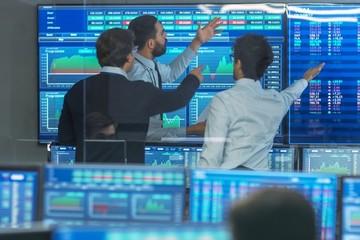 Khối ngoại có phiên bán ròng mạnh nhất trong gần 2 tháng với 1.133 tỷ đồng