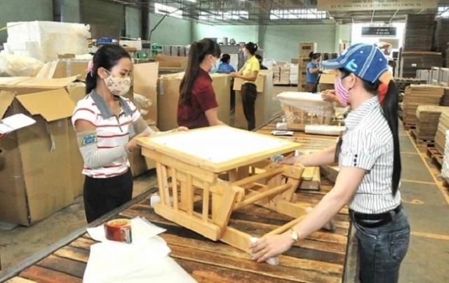 Việt Nam vượt Trung Quốc trở thành nhà xuất khẩu đồ nội thất lớn nhất sang Mỹ.