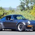 """<p> Được xem là phiên bản tăng áp của chiếc Porsche 911, Porsche 930 Turbo là mẫu xe thỏa mãn sở thích tốc độ của Gates nhất. Tỷ phú này đã dùng từ """"rocket"""" khi nhắc về chiếc 930 Turbo của mình. Mẫu xe này sở hữu động cơ tăng áp 3.3L, cho ra 300 mã lực. Ảnh: <em>elferspot.</em></p>"""