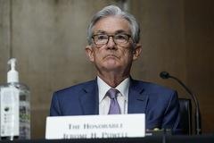 Điều gì sẽ xảy ra với cổ phiếu và Bitcoin khi Fed ngừng cơn mưa tiền?