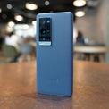 """<p class=""""Normal""""> <strong>Chế độ chuyên nghiệp tốt nhất: Vivo X60 Pro+</strong></p> <p class=""""Normal""""> X60 Pro+ có cụm bốn camera với dải tiêu cự từ siêu rộng đến zoom 5x, camera chính 50 megapixel, kết hợp hãng ống kính nối tiếng Zeiss. Sản phẩm được đánh giá là camera smartphone có chế độ chuyên nghiệp tốt nhất, nhờ chế độ Pro của máy có thể đáp ứng đa dạng mọi nhu cầu của người dùng, so với các đối thủ trên thị trường.</p> <p class=""""Normal""""> Cả bốn ống kính của X60 Pro+ đều tượng thích với chế độ chuyên nghiệp, cho phép người dùng tinh chỉnh các thông số về thời gian phơi sáng, điểm lấy nét, ISO, cân bằng trắng... Các smartphone khác thường chỉ có chế độ chuyên nghiệp cho camera chính. Đồng thời, máy có thể lưu ảnh RAW bên cạnh JPG.</p>"""