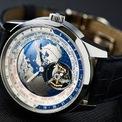 <p> Được biết đến là kim loại quyền lực, bạch kim là vật liệu hiếm nhưng phổ biến cho đồng hồ sang trọng. Do đó, nó có giá thành không rẻ. Bạch kim thường có độ tinh khiết 95% với màu trắng tự nhiên, không bị phai hay xỉn màu, gây dị ứng. Nó nặng hơn vàng nhưng có khả năng chịu đựng tốt hơn. Tuy nhiên, quá trình xử lý bạch kim phức tạp. Ảnh: <em>Time and Tide Watches.</em></p>