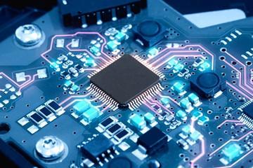 Thiếu chip toàn cầu ảnh hưởng lớn đến ngành sản xuất ôtô, điện tử, Việt Nam có nên tự sản xuất chip?