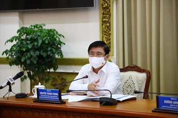 Chủ tịch TP HCM: Sẽ tạm dừng hoạt động khu công nghiệp, khu chế xuất không đảm bảo an toàn