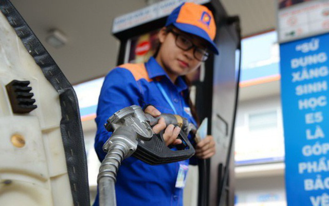 Giá xăng có thể tăng tiếp vào ngày mai