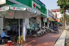 VPBank tạm ngừng giao dịch chi nhánh Ý Yên