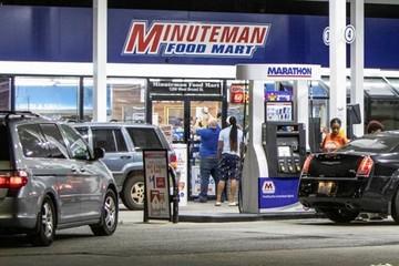 Hơn 1.000 trạm xăng tại Đông Bắc Mỹ sắp cạn nhiên liệu
