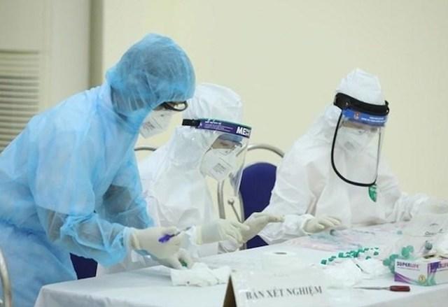 Chiều ngày 12/5, ông N.V.T được công bố là ca mắc Covid-19 mới nhất ở Hà Nội có lịch trình đi lại phức tạp.
