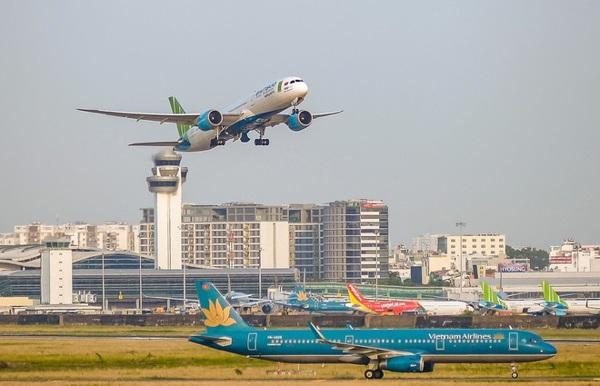 Đề xuất bỏ giá trần vé máy bay