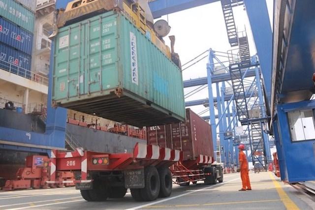 VASEP kiến nghị TP HCM không thu phí sử dụng công trình kết cấu hạ tầng, công trình dịch vụ tiện ích công cộng tại cửa khẩu, cảng biển.