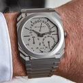 <p> Màu sắc cùng thiết kế mang hơi hướm tối giản giúp Bulgari Octo Finissimo Perpetual Calendar Platinum được yêu thích. Thiết kế trị giá 59.000 USD mỏng 5,8 mm. Kích thước mặt số của mẫu đồng hồ là 40 mm. Ảnh: <em>Monochrome Watches.</em></p>