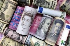 FDI toàn cầu cần ít nhất 7 năm để trở lại mức đỉnh