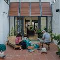 <p> Ngôi nhà là một câu chuyện nhân văn về cách đối xử với môi trường thông qua nhiều giải pháp khác nhau. Các kiến trúc sư hy vọng nó có thể truyền cảm hứng cho các kiến trúc sư trẻ về lối kiến trúc khiêm tốn.</p>