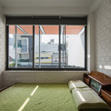 <p> Giải pháp cho một ngôi nhà nhỏ là cho mượn mặt bằng thay vì chia ngôi nhà thành những không gian nhỏ. Nhờ đó, chi phí xây dựng được tiết kiệm đáng kể.</p>