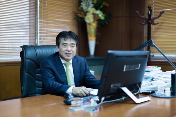 Phó Chủ tịch Hòa Phát muốn bán 12 triệu cổ phiếu cho con