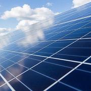 Ấn Độ khởi xướng điều tra chống bán phá giá pin năng lượng mặt trời Việt Nam