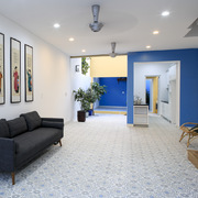 Ở ngoại ô TP HCM, ngôi nhà có không gian sống động đa sắc màu