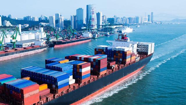 Bộ Giao thông đề xuất tăng mức xử phạt với hành vi không công khai giá, phụ thu ngoài giá dịch vụ vận tải đường biển.