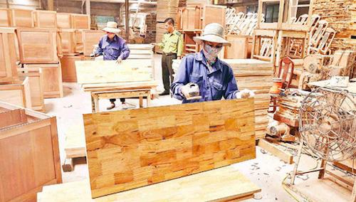 Doanh nghiệp ngành gỗ đề nghị được mua vaccine ngừa Covid-19.