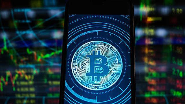 Bitcoin vẫn còn là điều gì đó khá mới. Ảnh: SOPA Images.