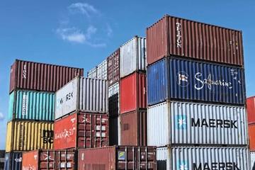 Mỹ hòa giải thương mại với châu Âu, trì hoãn đàm phán với Trung Quốc