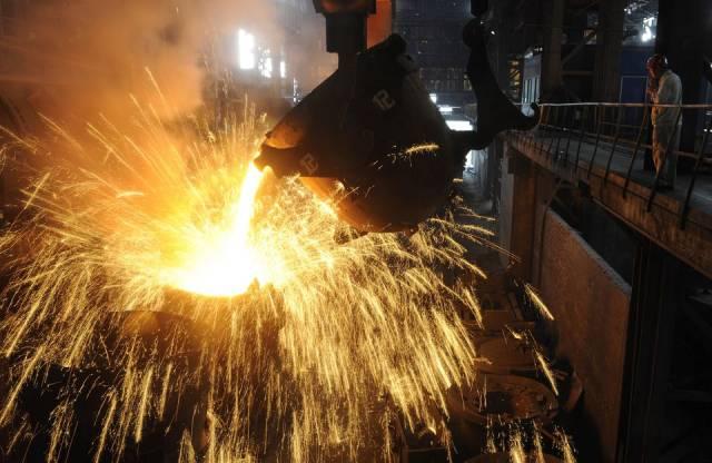Sản lượng thép thô toàn cầu tăng hơn 23%