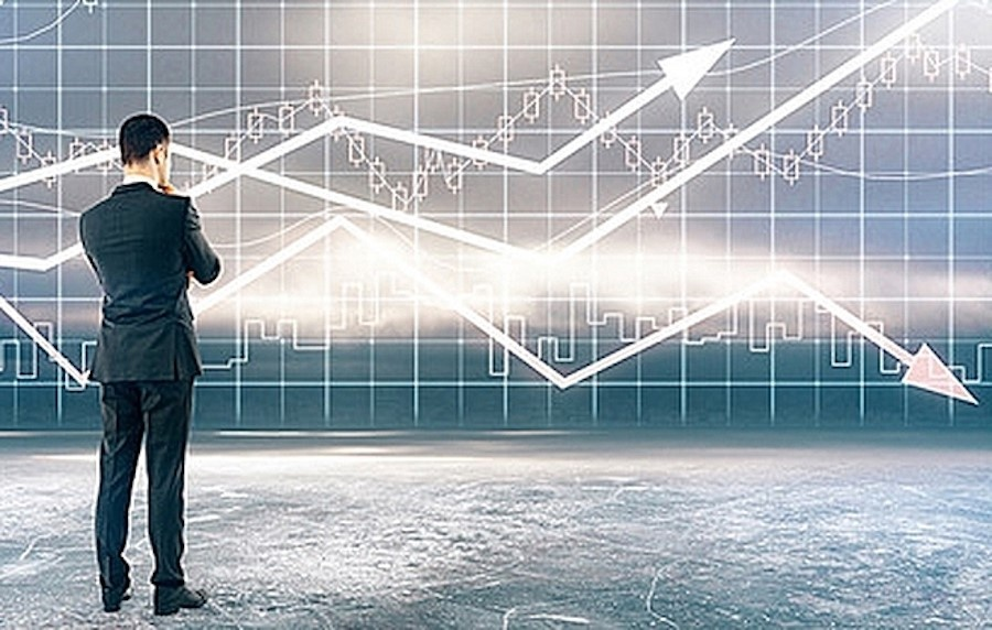 VN-Index vượt 1.300 điểm, cổ phiếu thép bứt phá