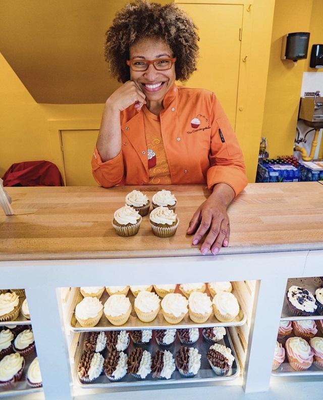et-mignon-with-cupcakes-cupcak-3533-3404