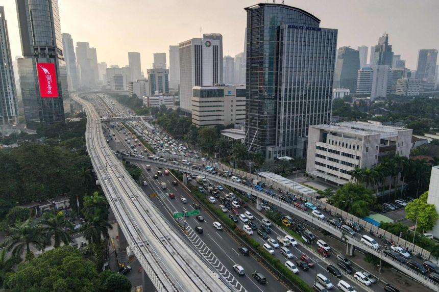 Bloomberg: Đà phục hồi ở châu Á yếu dần, các ngân hàng trung ương sắp hết lựa chọn