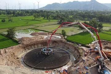 IFC cho công ty con của REE vay 57 triệu USD làm điện gió